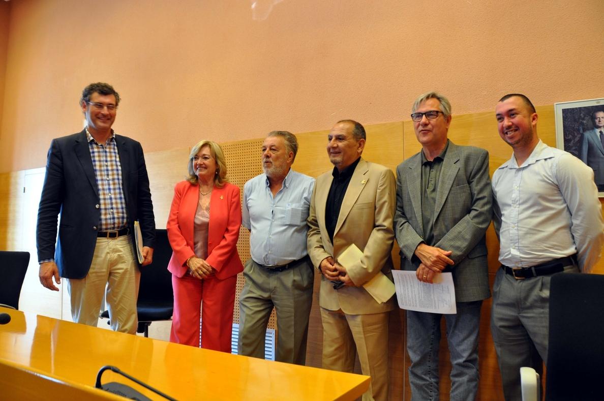 CiU, PSC, ERC y PP pactan un gobierno en Torredembarra (Tarragona) con el socialista Grangel como alcalde