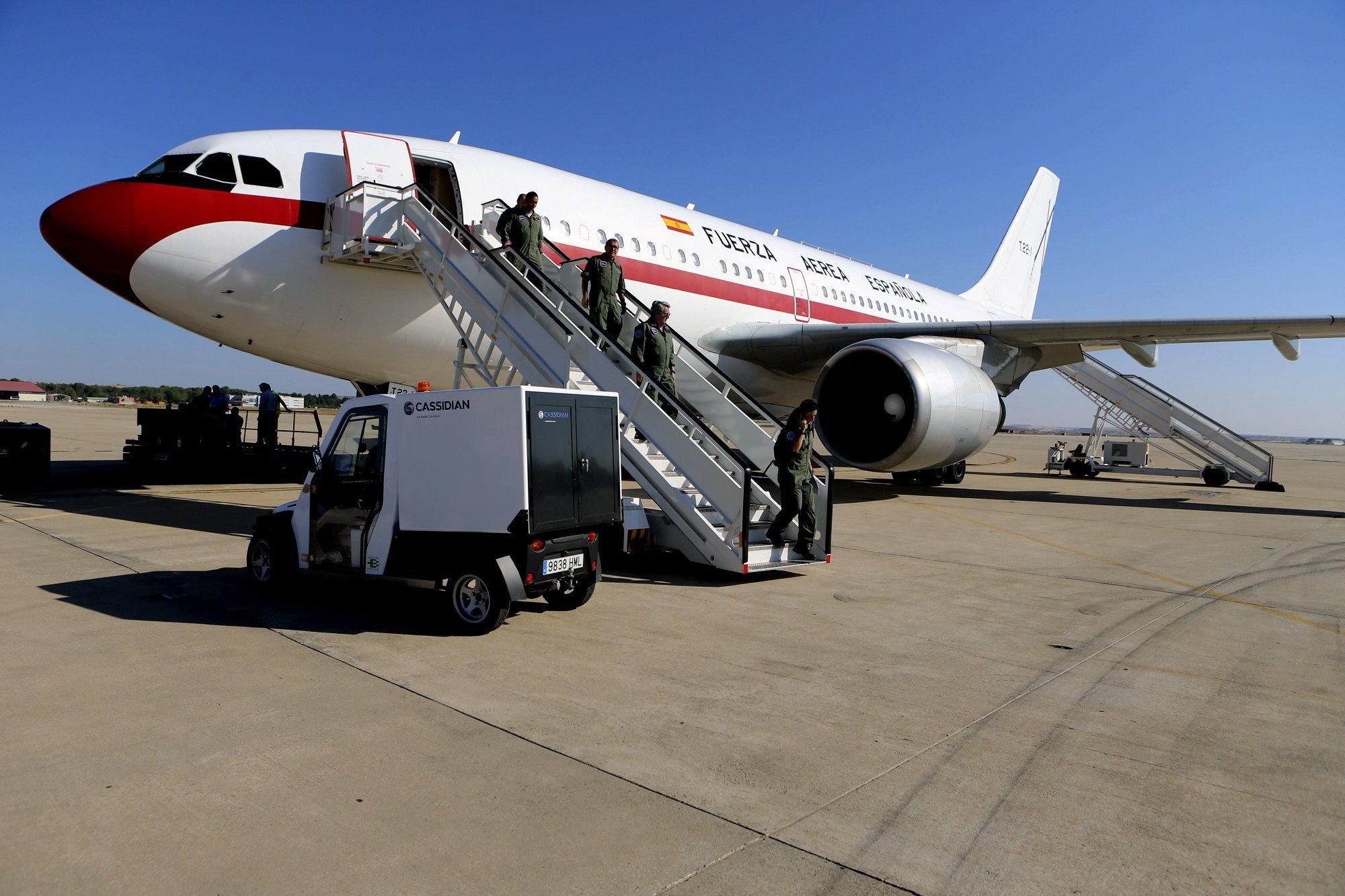 El avión medicalizado del Ejército para repatriar a Pajares ya ha despegado