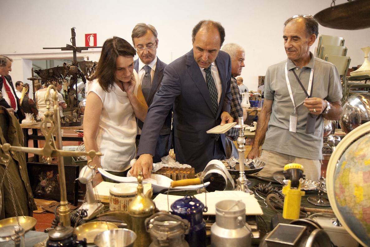 Arranca la Feria de Antigüedades, que espera superar los 7.000 visitantes del año pasado