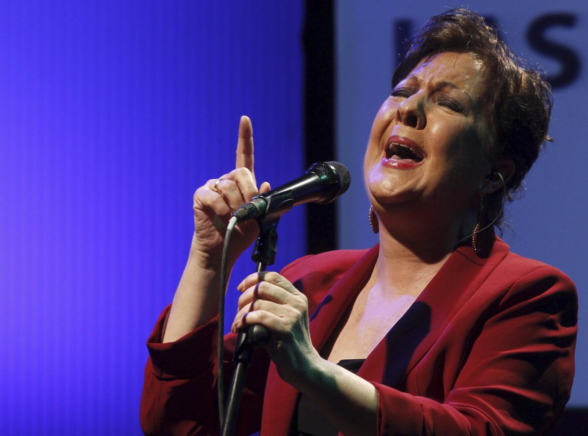 Carmen Linares asegura que en el flamenco han notado mucho la crisis y la piratería
