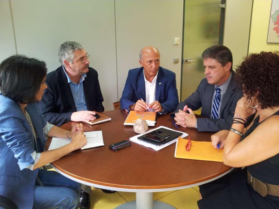 El Gobierno extremeño conoce en Asturias las ventajas de la implementación del Observatorio de la Infancia