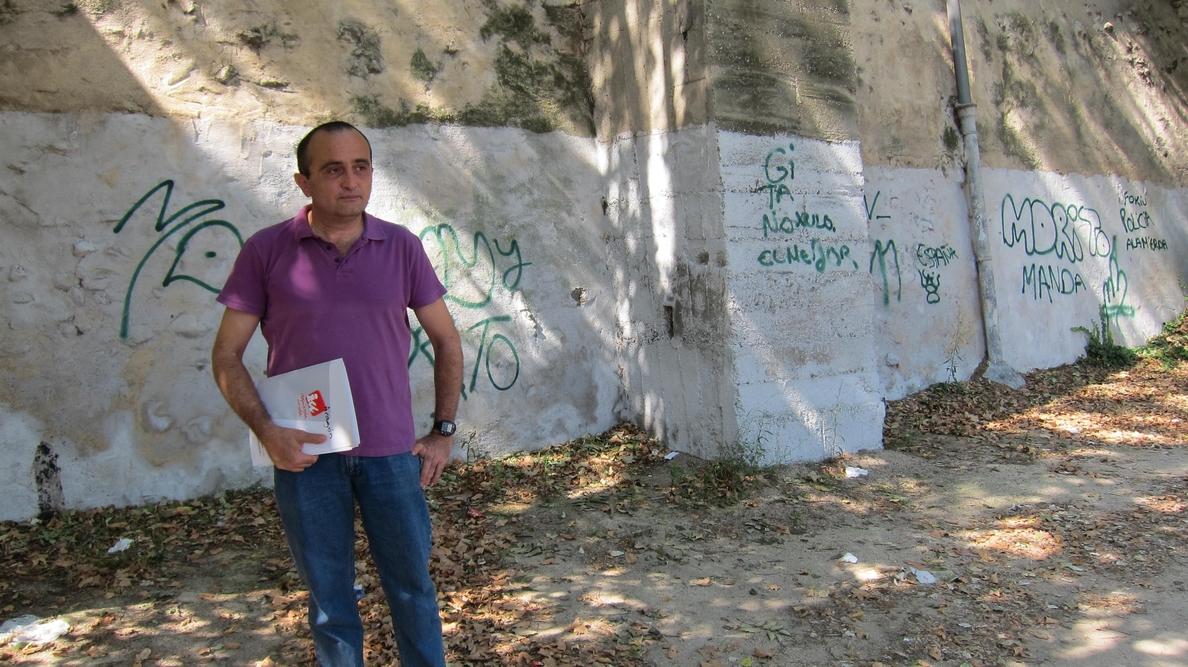 IU critica la falta de limpieza del paseo junto al Ebro entre el Puente de Hierro y el Club Náutico