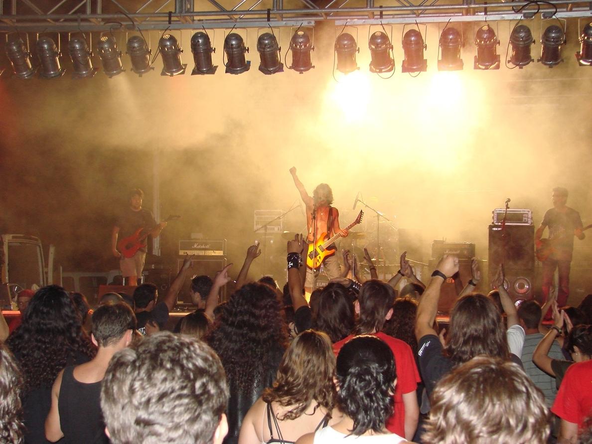 Montefrío celebra »Rockenfrío», uno de los festivales de rock y heavy más importantes de la provincia