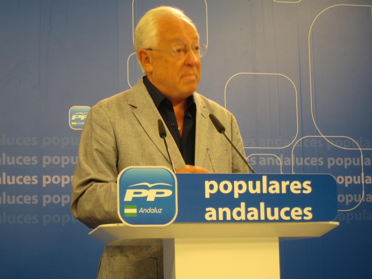PP-A pide que Serrano vaya al Parlamento a explicar «del primer papel al último folio» del Algarrobico