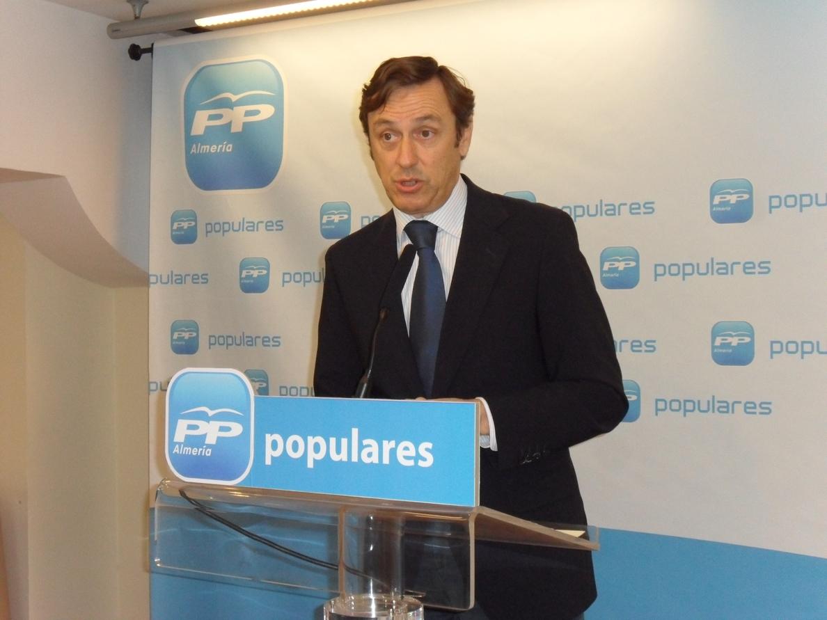 El PP defiende que la elección directa de alcaldes permitirá pactos preelectorales entre formaciones políticas