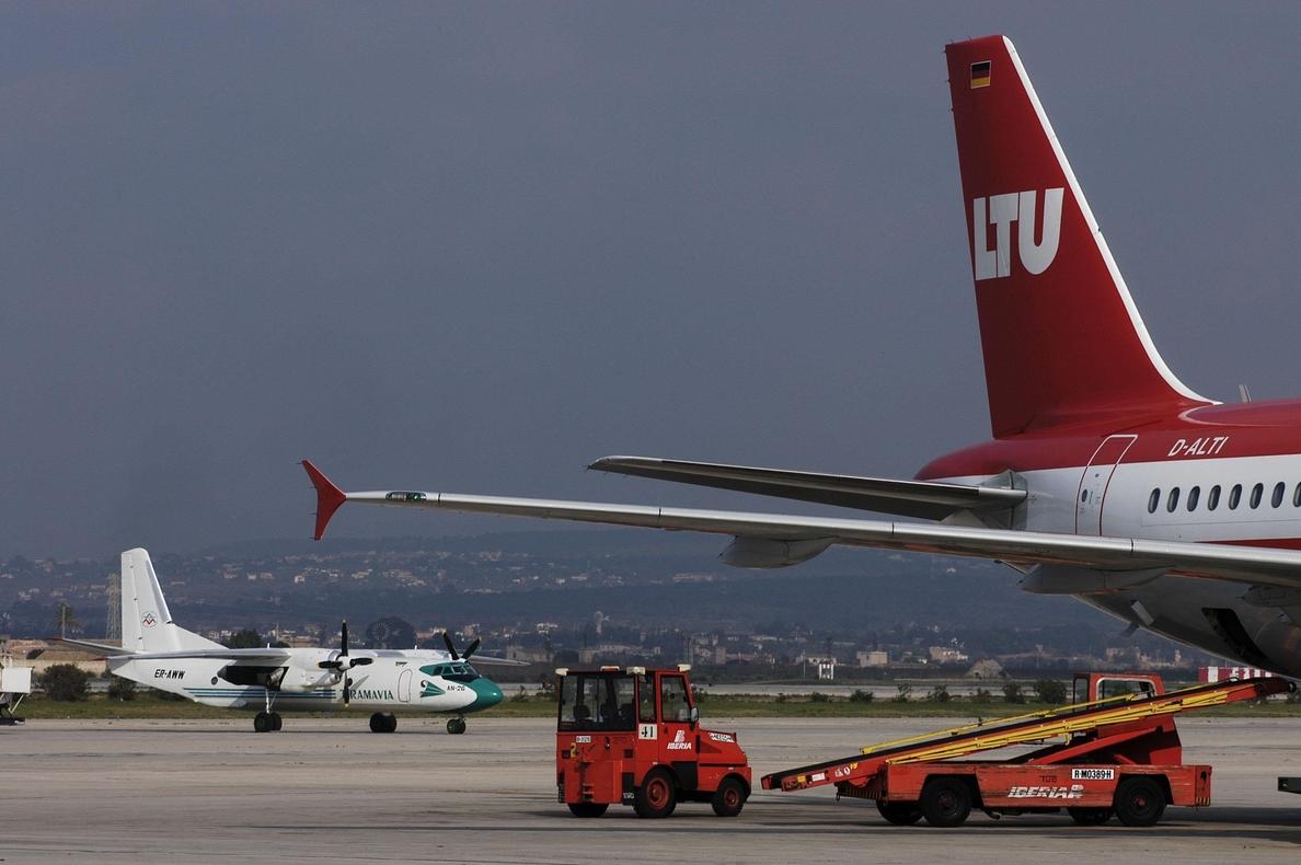 El aeropuerto de Palma aumenta un 1,8 por ciento el tráfico de pasajeros en julio, con 3,4 millones
