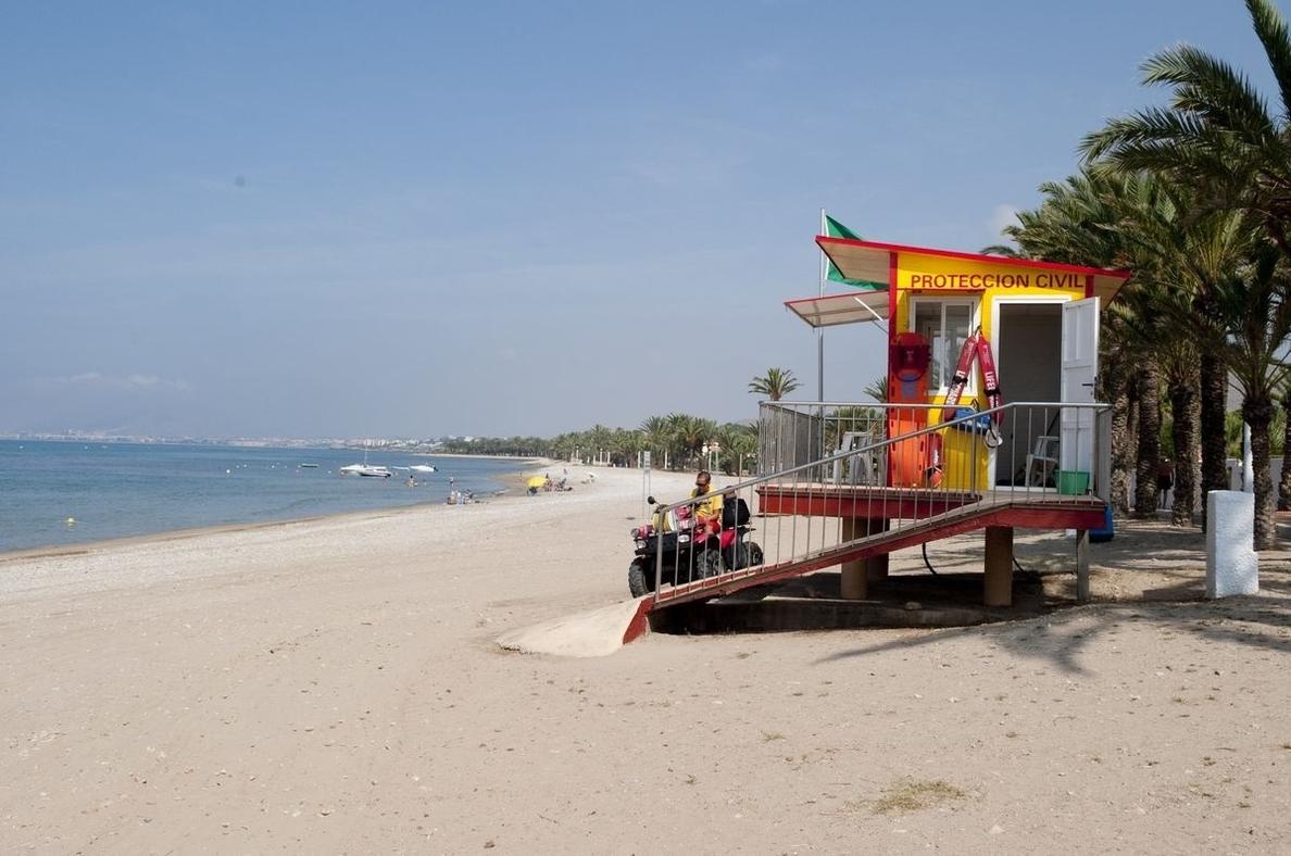La bandera verde ondea este viernes en todas las playas de la Región