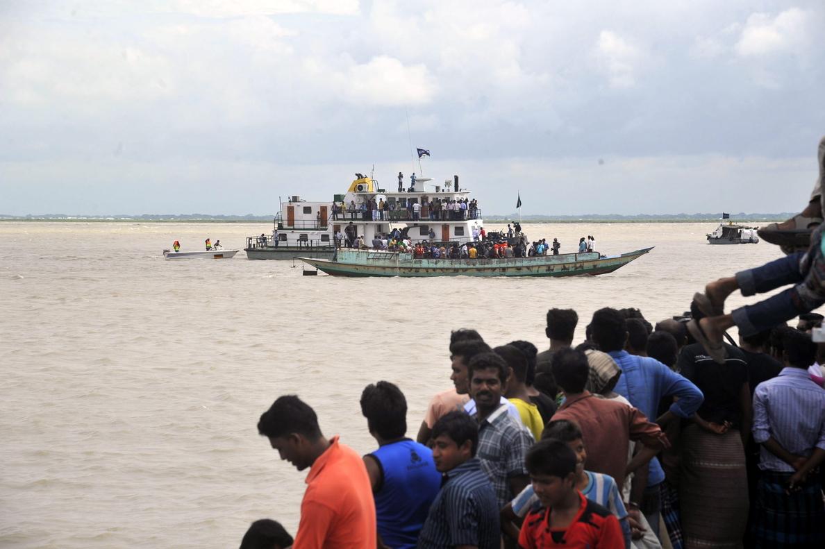 El naufragio en Bangladesh suma ya 38 muertos, con todavía 132 desaparecidos