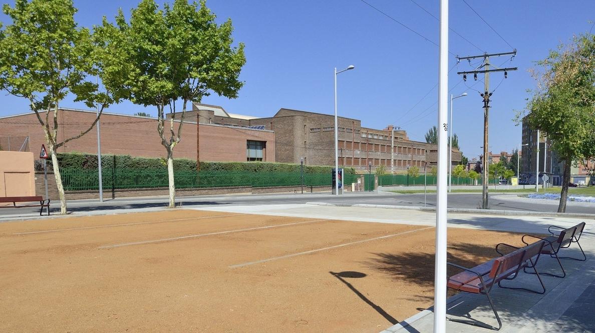 El Ayuntamiento de Salamanca invierte 7.000 euros en la ampliación de la cancha de la calle Hilario Goyenechea