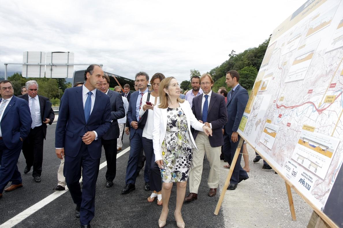 Calderón afirma que la conclusión de la autovía del Cantábrico será una «revolución» para Torrelavega