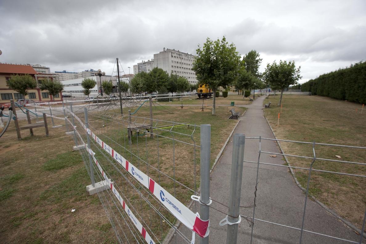 Comienzan las obras del complejo deportivo en el parque de Cros, que se prolongarán durante tres meses