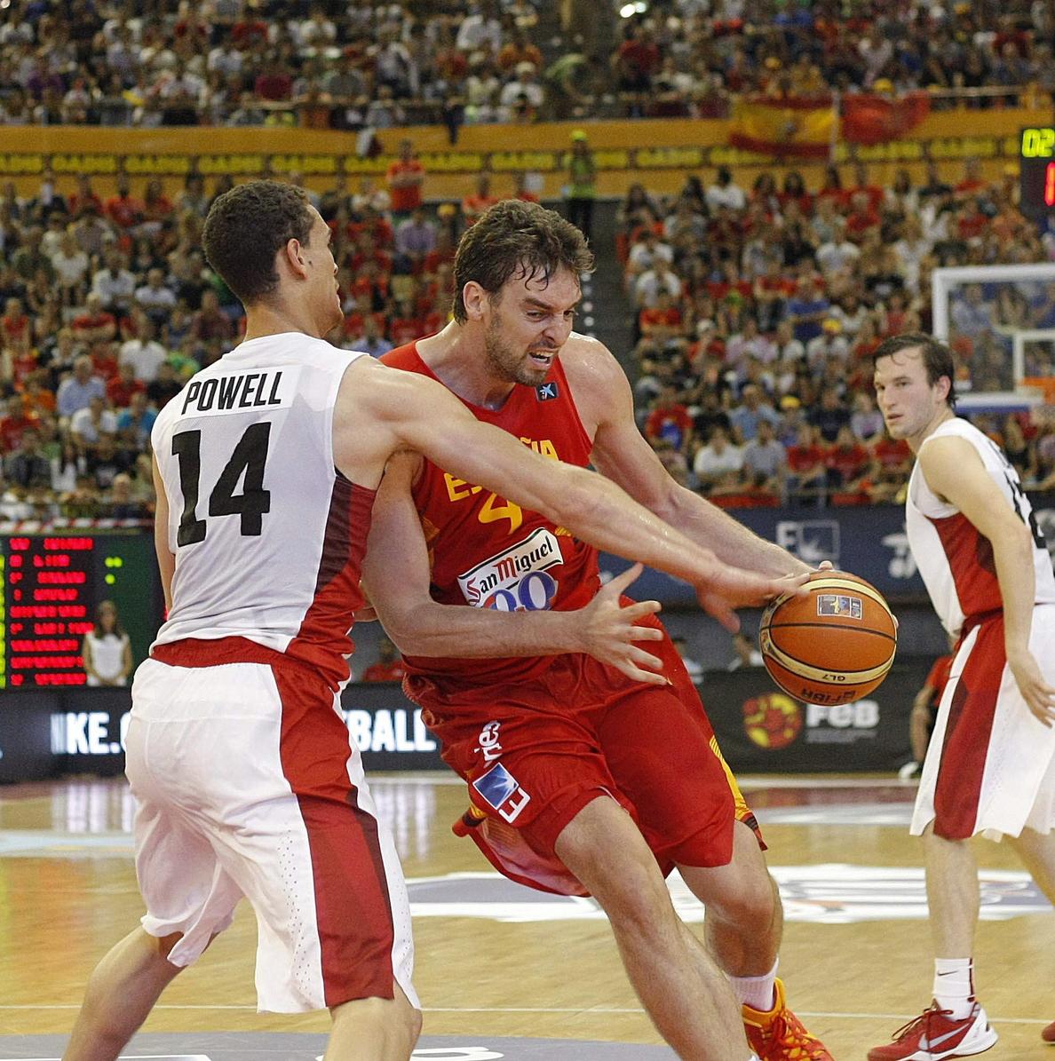 España vuelve al trabajo en Sevilla y se mide a Angola en el segundo amistoso