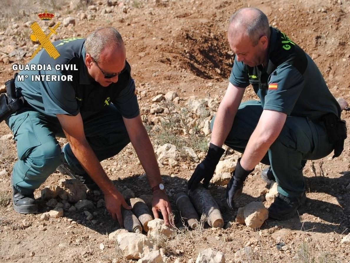 La Guardia Civil neutraliza siete artefactos explosivos de la Guerra Civil en Zaragoza y Teruel