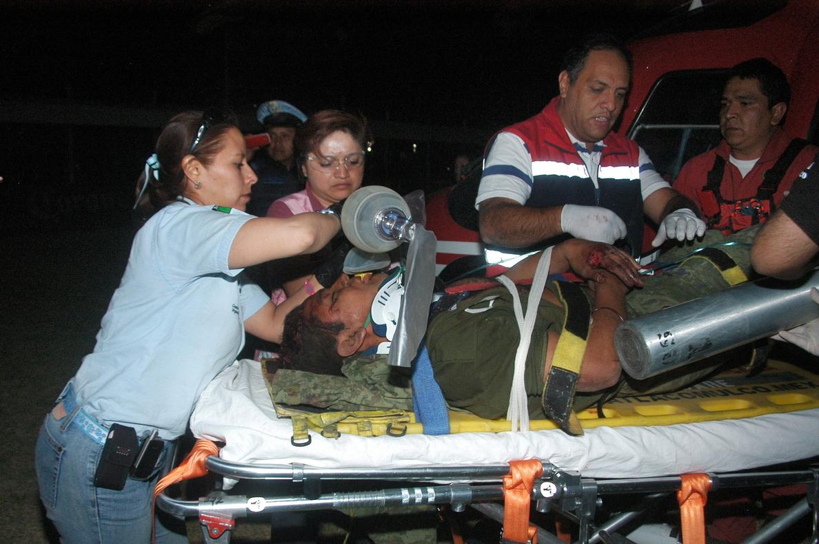Mueren nueve integrantes de la Armada de México al volcar vehículo militar