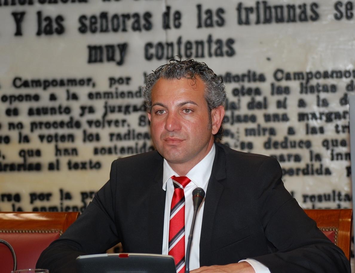 Nicanor Sen exige a Pastor la reparación integral de la N-621 por su estado «tercermundista» y firme «destrozado»