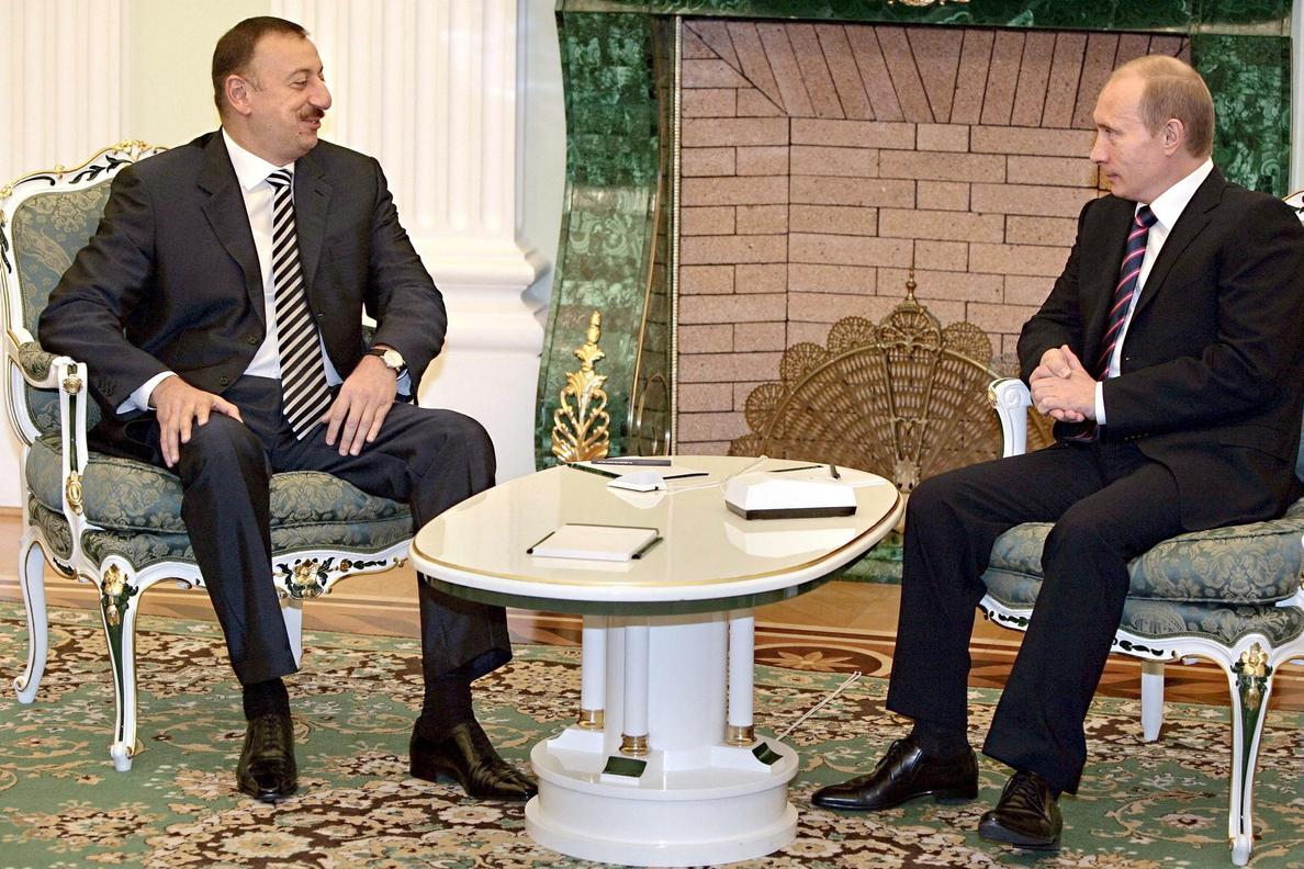 Putin se reúne con Alíev y Sargsián para rebajar la tensión por Nagorno Karabaj