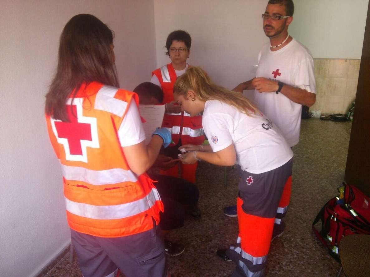 Los inmigrantes llegados a Torrevieja y Pilar de la Horadada son nueve, todos en buen estado de salud