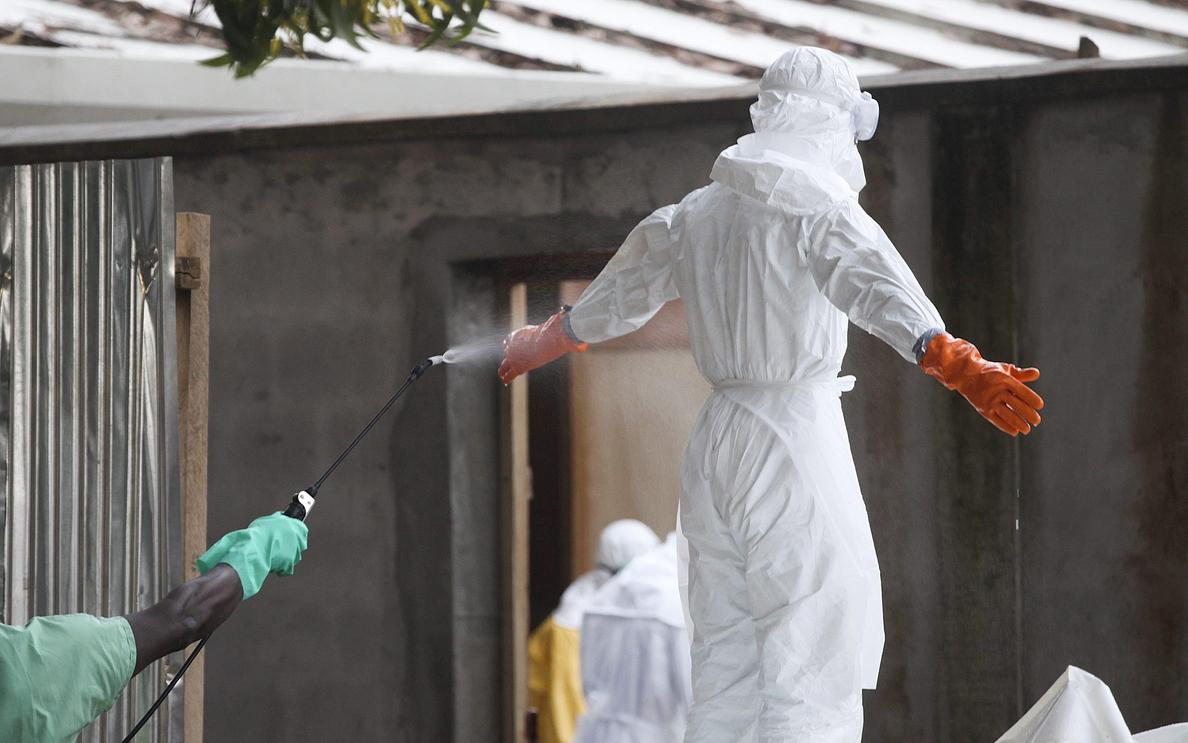 Empeora la salud del hermano Combey infectado por ébola
