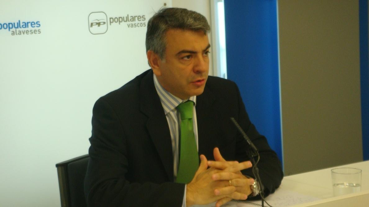 De Andrés pide a Urkullu que primero busque «el acuerdo en casa», en lugar de «trasladar el problema» a Rajoy