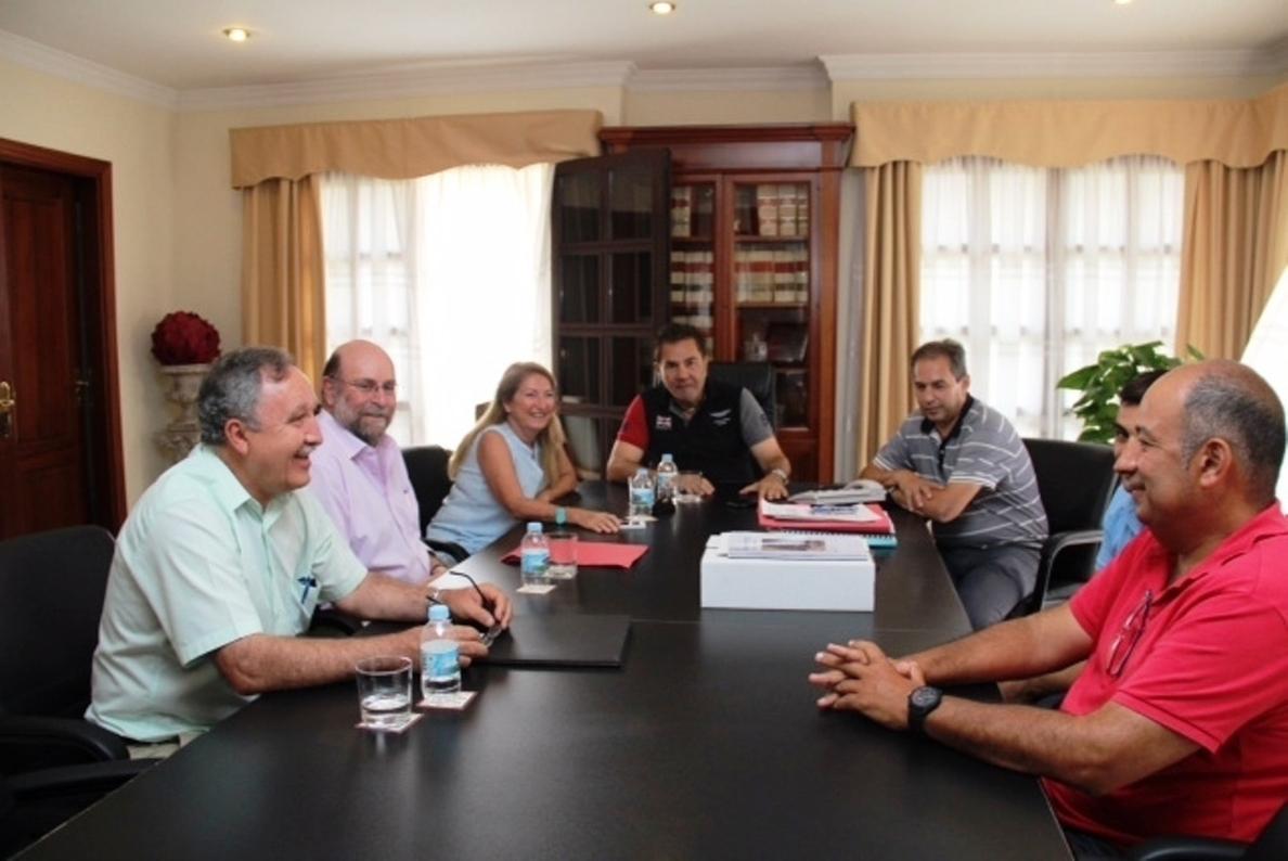 El Cabildo de Tenerife y el Ayuntamiento de Adeje coordinan las labores para la reapertura del Barranco del Infierno