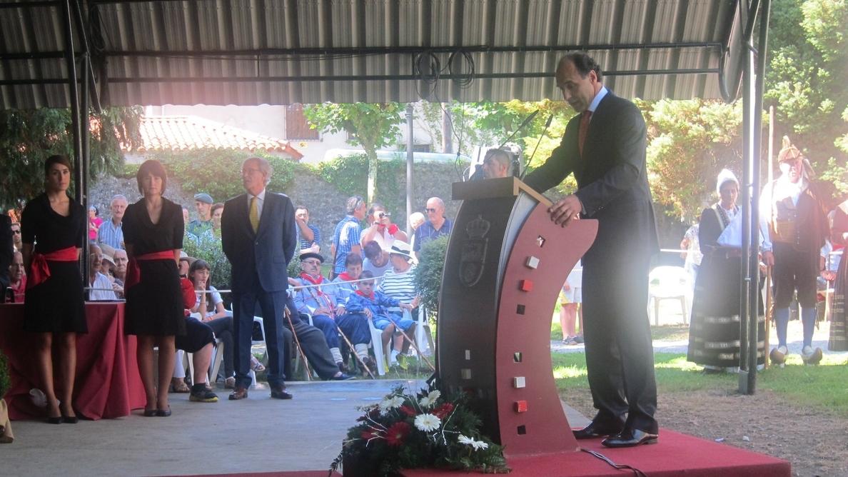 Diego afirma que Cantabria sabrá «emerger del proceso de recuperación» como una de las regiones «más pujantes»
