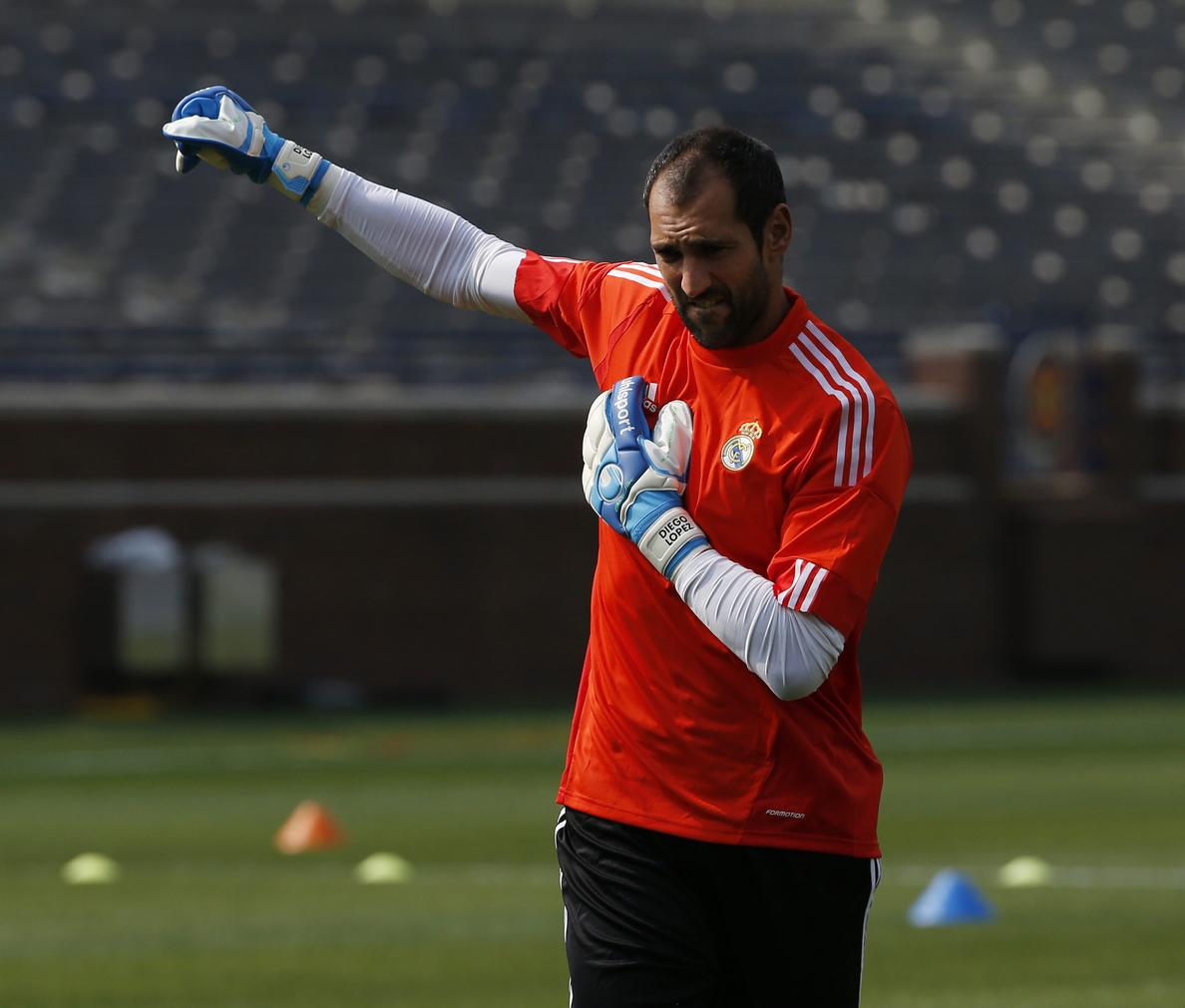 Diego López acude a Valdebebas y se entrena en solitario