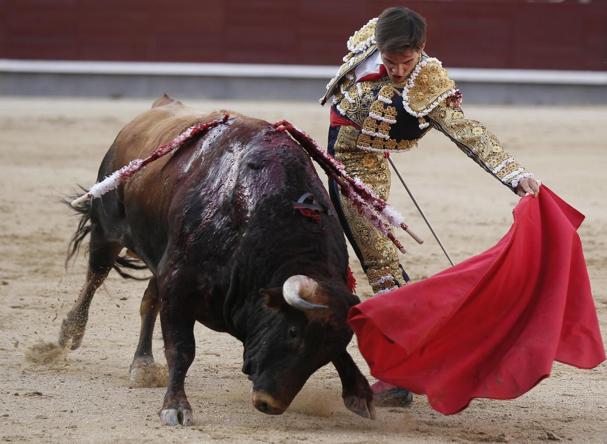 Gonzalo Caballero asegura que se crece «en plazas de relojes grandes y enfermerías buenas»
