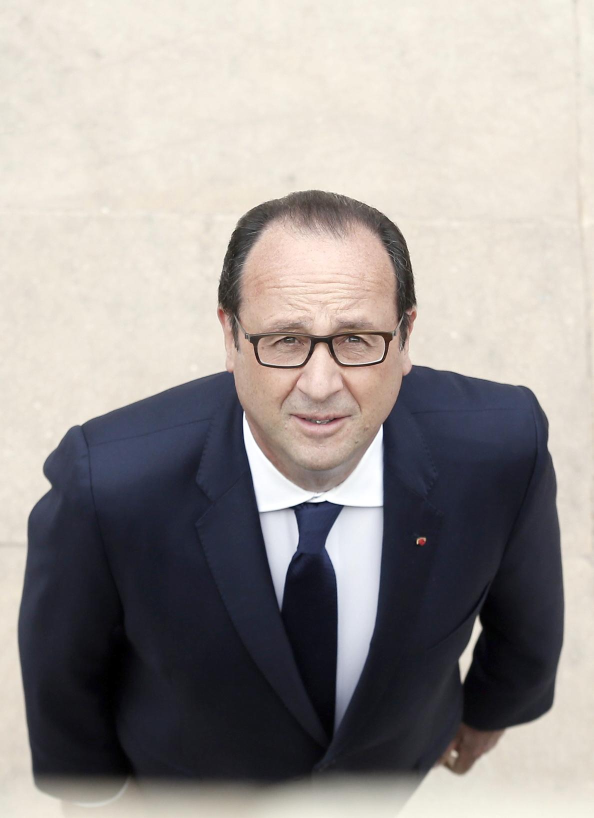 Hollande, al filo de los 60 años