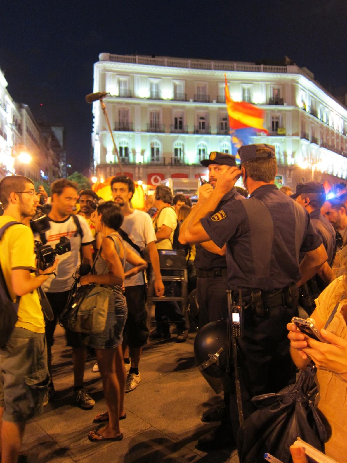 Interior advierte de que la Policía podrá incautar cámaras en manifestaciones si cree que son para hacer algo ilegal