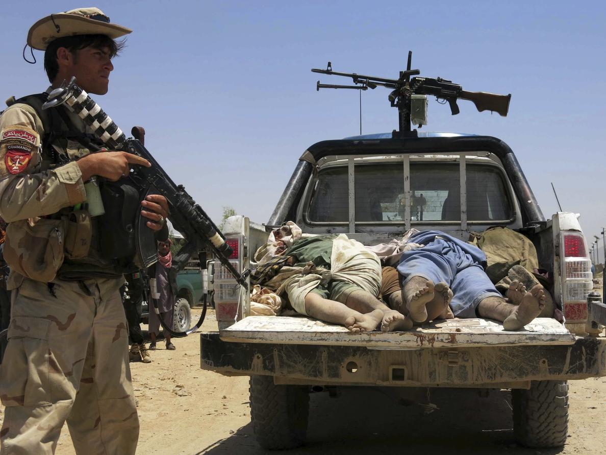 4 civiles muertos y 20 heridos en un atentado suicida contra la OTAN en Kabul