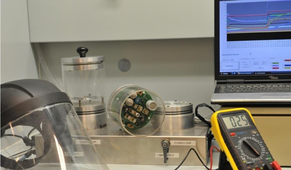Investigadores de la UPV desarrollan «narices» electrónicas para detectar gases de guerra química