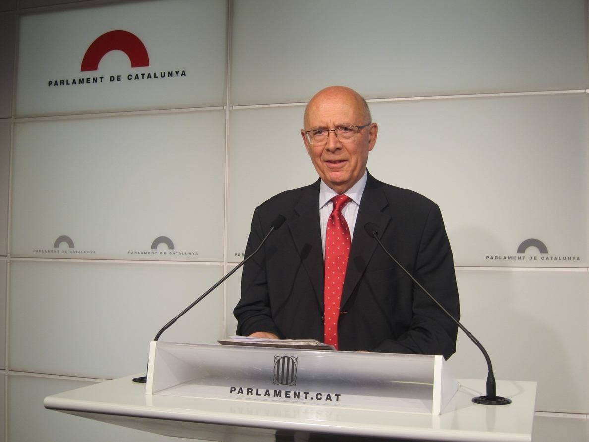 Rigol (UDC) recomienda a Jordi Pujol comparecer en el Parlamentº