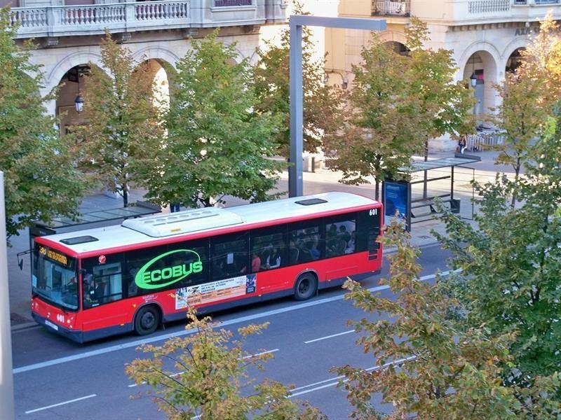 Los usuarios de transporte urbano por autobús crecen un 2,4% en Galicia en junio