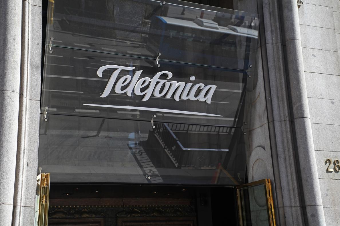 Analistas destacan que Telefónica estaría mejor posicionada en una guerra de ofertas por GVT que su rival TI