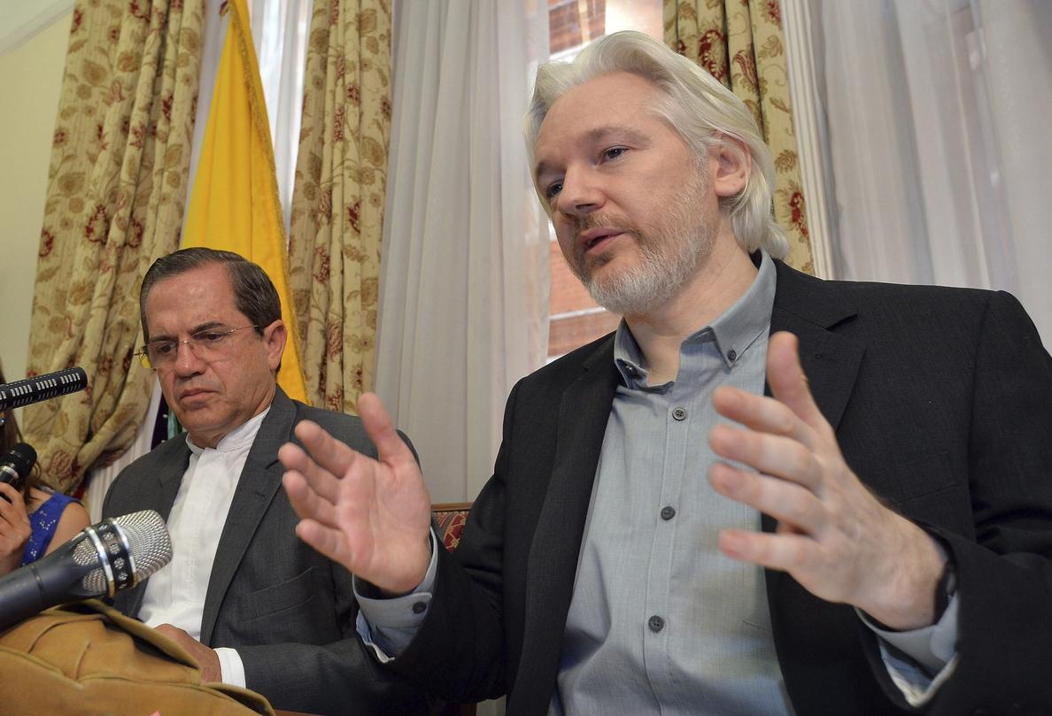 Cronología de los dos años de asilo de Julian Assange en la embajada de Ecuador en Londres