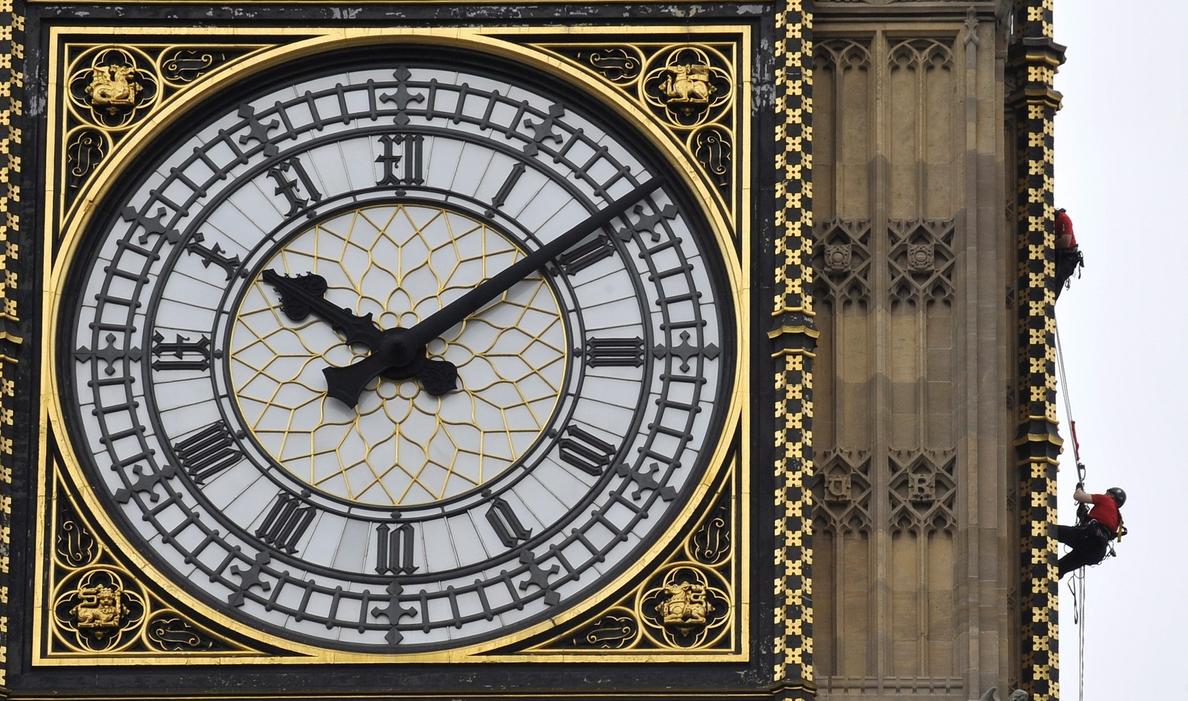 Detienen las agujas del Big Ben durante cuatro días para permitir su limpieza