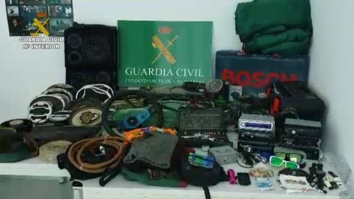 Detenidos por robar en 27 coches en una sola noche Santa Lucía de Tirajana (Gran Canaria)
