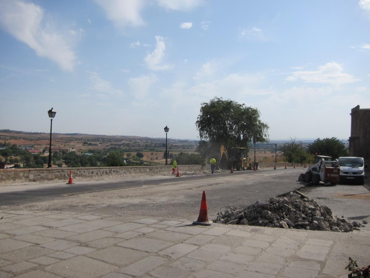 Las obras de la calle Gerardo Lobo, en Toledo, estarán finalizadas a mitad de septiembre con un ahorro de 30.000 euros