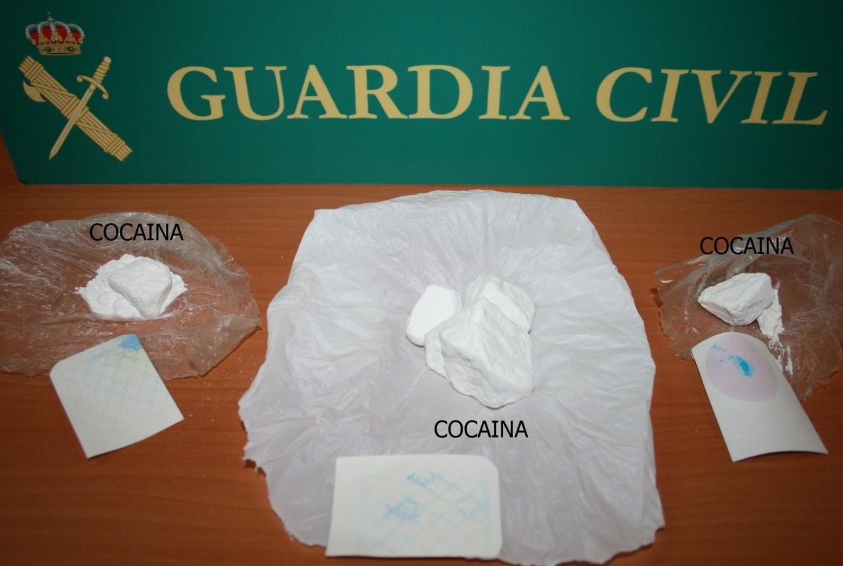 La Guardia Civil de Albacete detiene a dos vecinos de Jumilla e interviene 58 gramos de cocaína