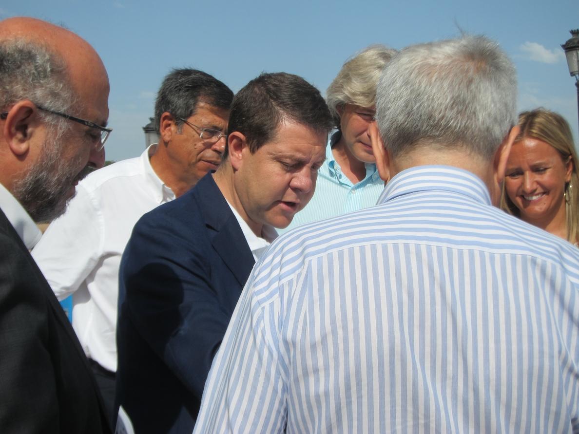 Page pide a Alonso que interceda para que los concejales del PP «pisen» las ferias «alguna vez» en la legislatura