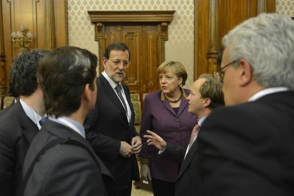 Rajoy y Merkel fijan para los días 24 y 25 su encuentro estival en Santiago previo a la cumbre de la UE