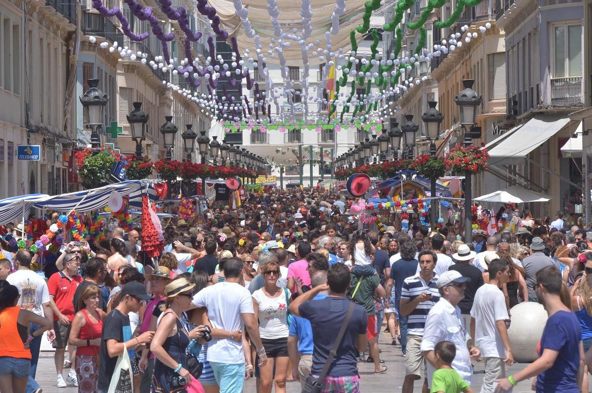 De la Torre defiende que la Feria es «segura» y que «no se puede poner un policía detrás de cada ciudadano»