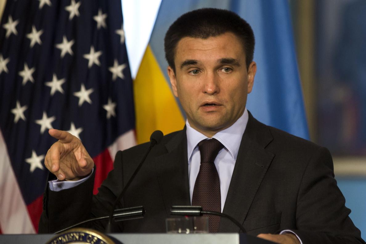 Ucrania, dispuesta a un alto el fuego si se impermeabiliza la frontera rusa