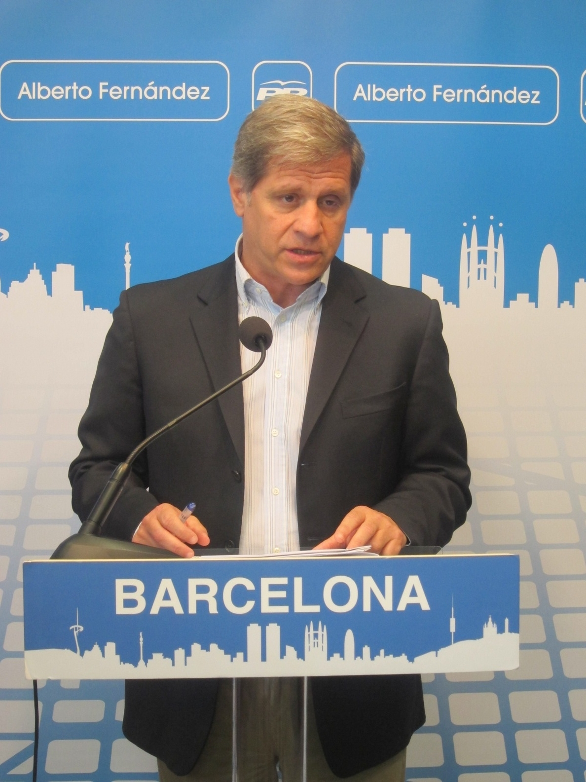Alberto Fernández (PP) acusa a Trias de actuar más como «inquisidor independentista» que como alcalde