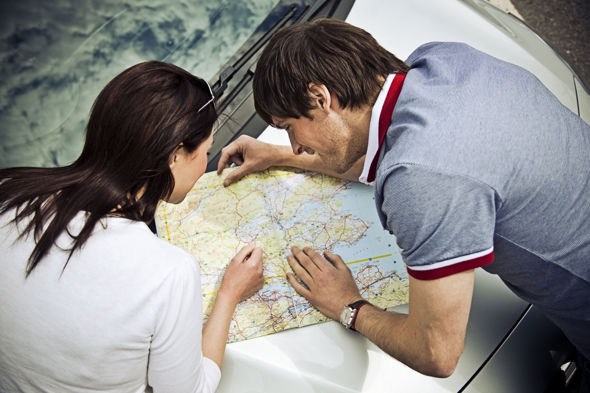 Alquilar un coche es un 15% más barato que coger un taxi del aeropuerto a la ciudad