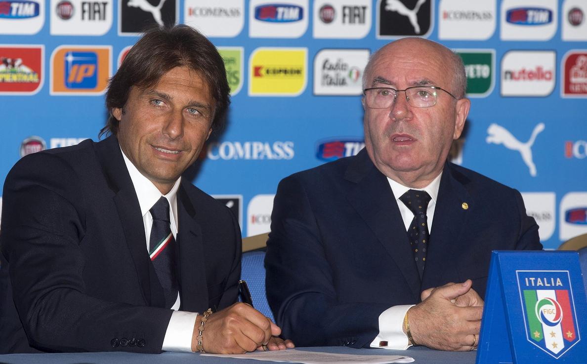 Antonio Conte, nuevo seleccionador italiano, busca 25 jugadores con pasión
