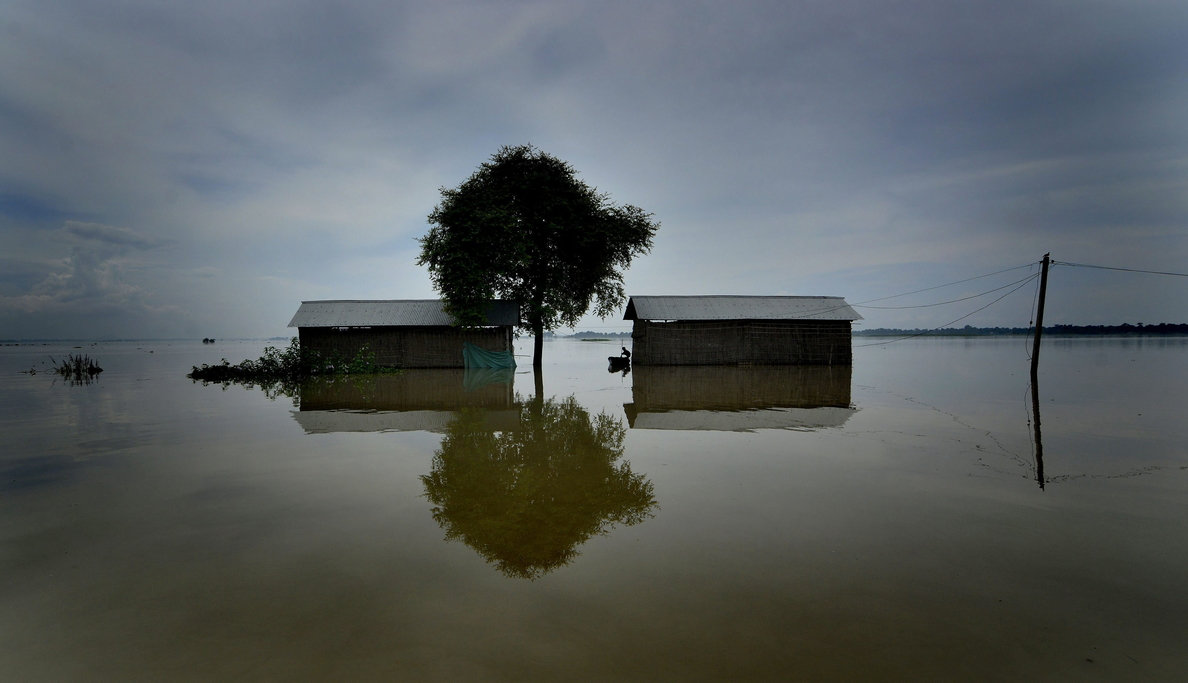 Aumentan a 111 los muertos en las inundaciones del norte de la India