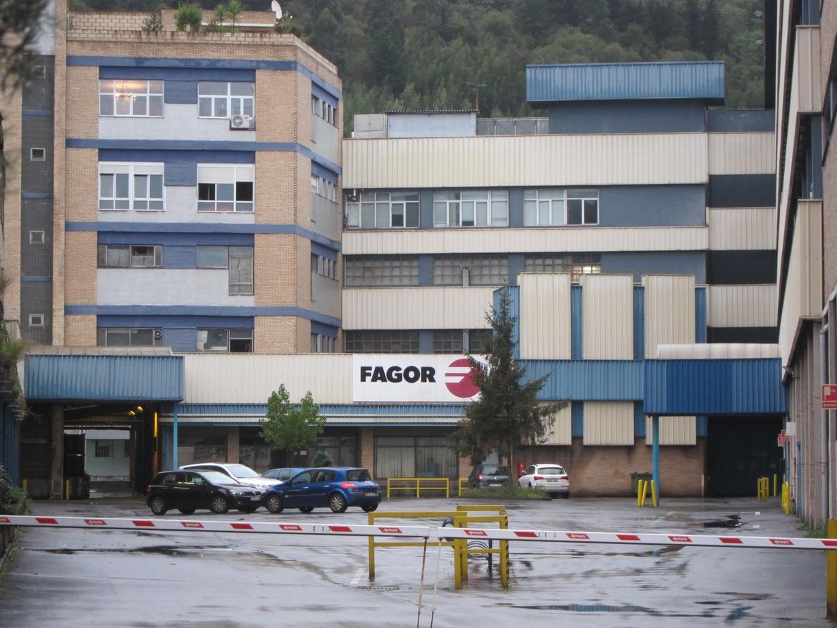 CC.OO. ve «menos negro» el futuro de Fagor pero espera que se «cumplan los acuerdos y compromisos adquiridos»