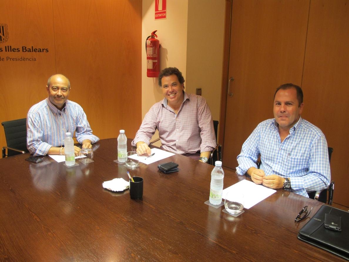 El Govern muestra su apoyo al sector audiovisual en una reunión con la asociación de productoras audiovisuales