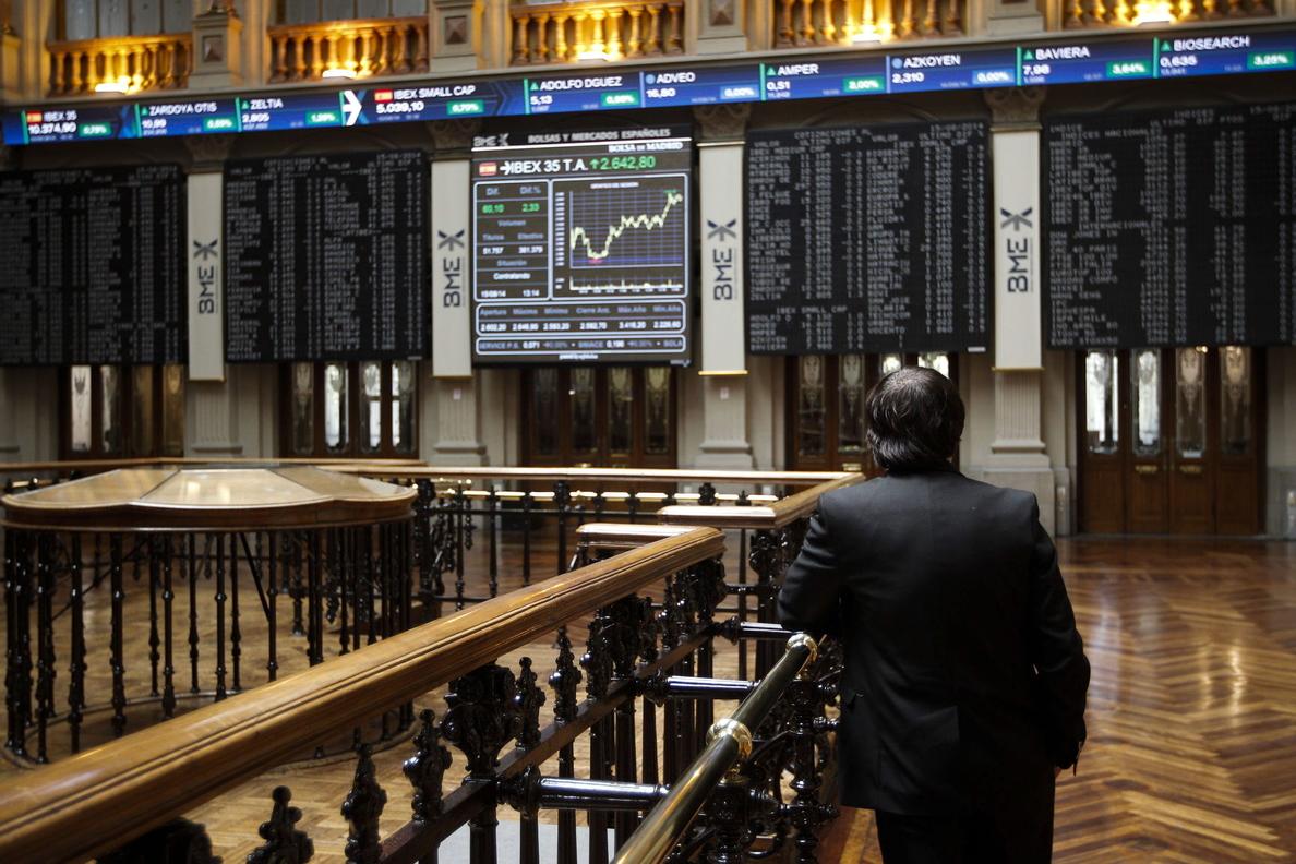 El IBEX 35 se asoma a los 10.400 a la espera de la subasta del Tesoro